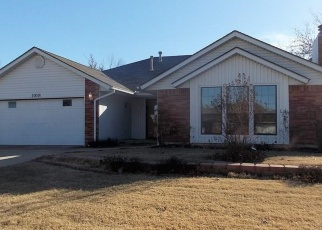 Pre Foreclosure in Yukon 73099 DOVER DR - Property ID: 970699447