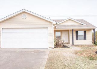Pre Foreclosure in Yukon 73099 ABERDEEN DR - Property ID: 970703838