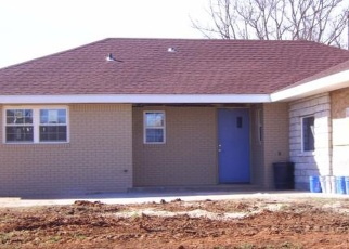 Pre Foreclosure in Elk City 73644 SUNSET ST - Property ID: 970736684