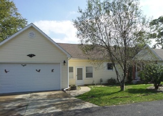Pre Foreclosure in Toledo 43611 318TH ST - Property ID: 970921955