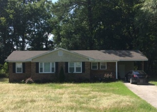 Pre Foreclosure in Fayetteville 28312 DOWNING RD - Property ID: 971491299