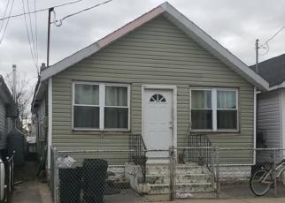 Pre Foreclosure in Far Rockaway 11693 W 14TH RD - Property ID: 971768546