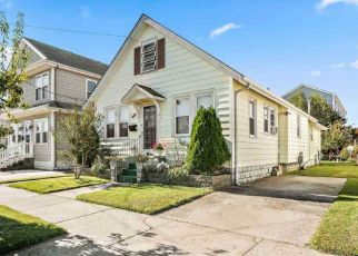 Pre Foreclosure in Wildwood 08260 E 26TH AVE - Property ID: 972002420