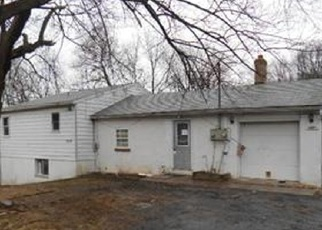 Pre Foreclosure in Slatington 18080 OLD POST RD - Property ID: 974422222