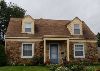 Pre Foreclosure in Allentown 18109 N WAHNETA ST - Property ID: 974441944