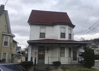 Pre Foreclosure in Slatington 18080 4TH ST - Property ID: 974491426