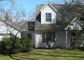 Pre Foreclosure in Madison 44057 BATHGATE AVE - Property ID: 974722232