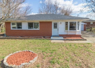 Pre Foreclosure in Louisville 40216 THURMAN CT - Property ID: 975226793