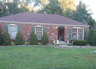 Pre Foreclosure in Louisville 40291 OAKCREEK LN - Property ID: 975276720