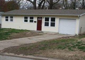 Pre Foreclosure in Kansas City 66106 OAK GROVE RD - Property ID: 975634543