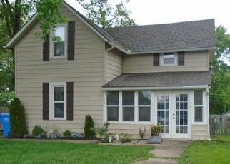 Pre Foreclosure in Tonganoxie 66086 E 1ST ST - Property ID: 975651624