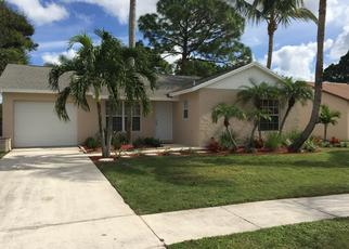 Pre Foreclosure in Jupiter 33458 VILLAGE CIR - Property ID: 975943305