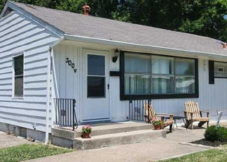Pre Foreclosure in Louisville 40214 W SOUTHSIDE CT - Property ID: 975974856