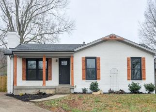 Pre Foreclosure in Louisville 40214 TEMPLETON CT - Property ID: 976000693