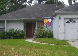 Pre Foreclosure in Jacksonville 32225 SWEET CHERRY LN S - Property ID: 976233245