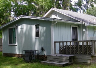 Pre Foreclosure in Jacksonville 32218 CAPPER RD - Property ID: 976289309