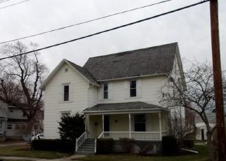 Pre Foreclosure in Watseka 60970 N 4TH ST - Property ID: 976798227