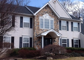 Pre Foreclosure in Doylestown 18902 MIRIAM DR - Property ID: 977244980