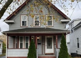 Pre Foreclosure in Lynn 01904 RAND ST - Property ID: 978962709
