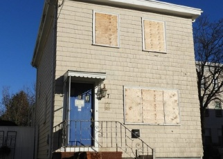 Pre Foreclosure in Lynn 01905 FULLER ST - Property ID: 978990289