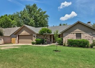 Pre Foreclosure in Edmond 73013 ROCKWOOD DR - Property ID: 979293372