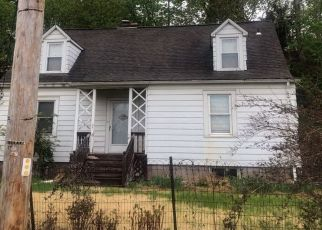 Pre Foreclosure in Beacon 12508 WILSON ST - Property ID: 979428261