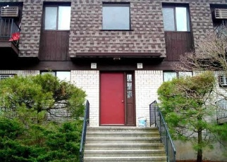 Pre Foreclosure in Poughkeepsie 12603 CHERRY HILL DR - Property ID: 979437918