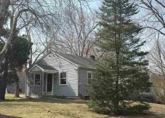Pre Foreclosure in Fishkill 12524 MAPLE RD - Property ID: 979462433