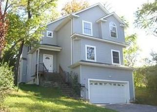 Pre Foreclosure in Beacon 12508 PROSPECT ST - Property ID: 979613989