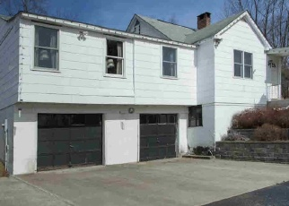 Pre Foreclosure in Poughquag 12570 BEACH RD - Property ID: 979665656