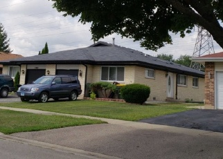 Pre Foreclosure in Wood Dale 60191 PARAMOUNT DR - Property ID: 979757630