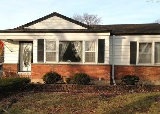 Pre Foreclosure in Lombard 60148 W GRAHAM AVE - Property ID: 979797933