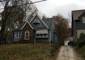 Pre Foreclosure in Euclid 44117 GENESEE RD - Property ID: 980317353