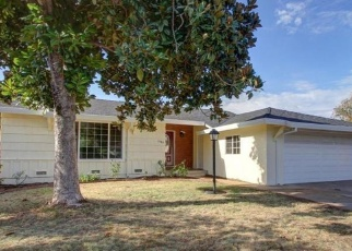 Pre Foreclosure in Sacramento 95822 NEWPORT AVE - Property ID: 981450395