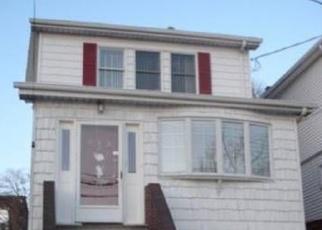 Pre Foreclosure in Bronx 10465 CALHOUN AVE - Property ID: 982385473