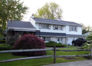 Pre Foreclosure in Bristol 19007 MIDWAY LN - Property ID: 982536574