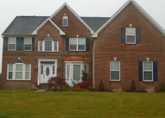 Pre Foreclosure in Douglassville 19518 GREEN MEADOW DR - Property ID: 983474268