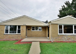Pre Foreclosure in Franklin Park 60131 LOUIS ST - Property ID: 985378139