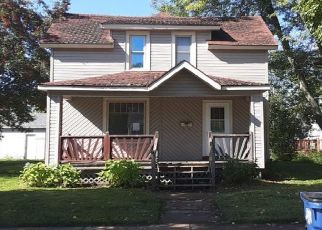 Pre Foreclosure in Wausau 54403 PROSPECT AVE - Property ID: 986972369