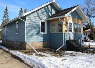 Pre Foreclosure in Fond Du Lac 54935 14TH ST - Property ID: 988024381