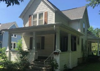 Pre Foreclosure in Fond Du Lac 54935 E MERRILL AVE - Property ID: 988276214