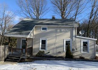 Pre Foreclosure in Pittsfield 01201 YARMOUTH ST - Property ID: 988858734
