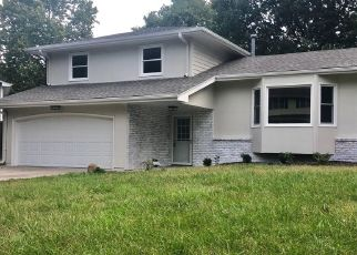 Pre Foreclosure in Papillion 68046 PARC DR - Property ID: 988863549