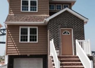 Pre Foreclosure in Staten Island 10302 RIVERSIDE LN - Property ID: 989148671