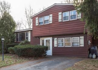 Pre Foreclosure in Syracuse 13212 WELLS AVE W - Property ID: 989431601