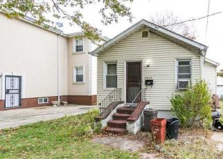 Pre Foreclosure in Jamaica 11434 176TH ST - Property ID: 989469706