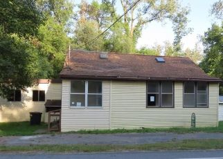 Pre Foreclosure in Lyons 14489 ALLOWAY RD - Property ID: 989862564