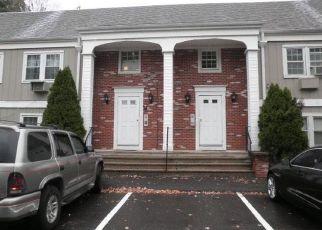 Pre Foreclosure in Danbury 06811 SCUPPO RD - Property ID: 989975567
