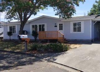 Pre Foreclosure in Roseburg 97471 ADAMS LOOP - Property ID: 990171329