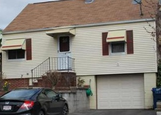 Pre Foreclosure in Lawrence 01843 E CAMBRIDGE ST - Property ID: 990786243